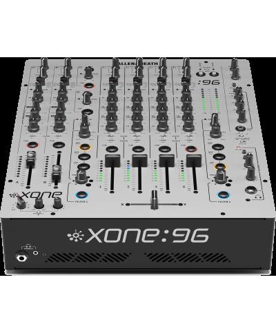 Table de Mixage Allen & Heath Xone 96 6+2 voies stéréo, double carte son
